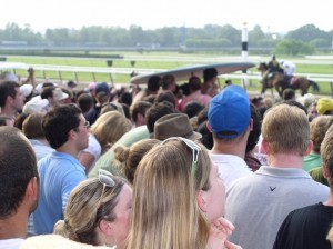 Belmont Park crowd