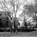 Keeneland black and white