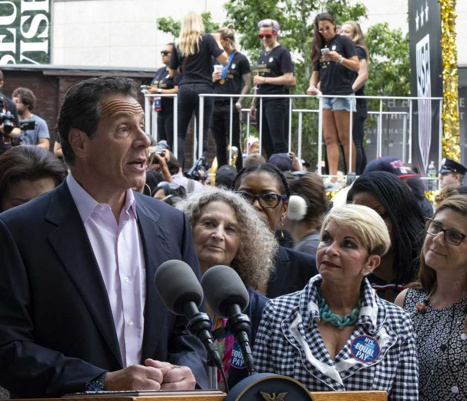 Cuomo explains Saratoga absence: 'I'm not a horse racing fan'